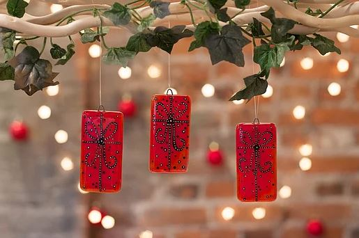 Christmas Decorations 2019.Make Your Own Warm Glass Christmas Decorations Workshop